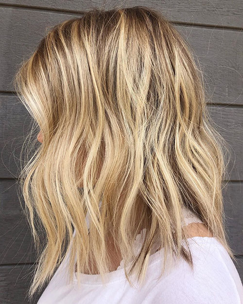 Medium Blonde Hairstyles