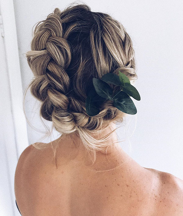 Medium Prom Hairstyle Images
