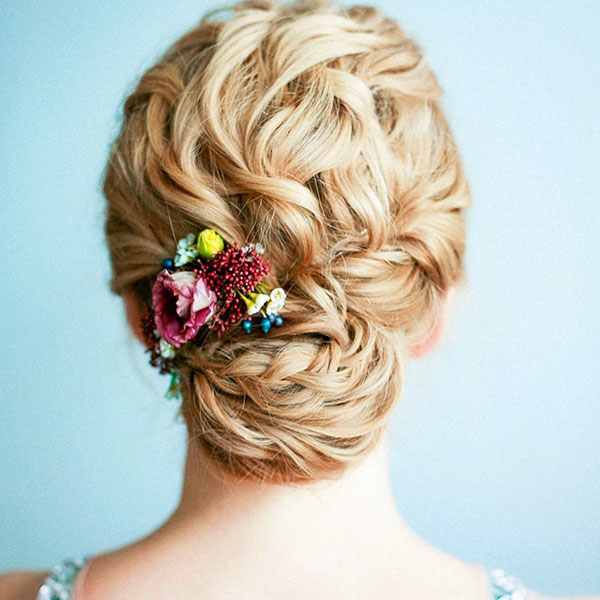 Pictures Of Medium Prom Hairstyles