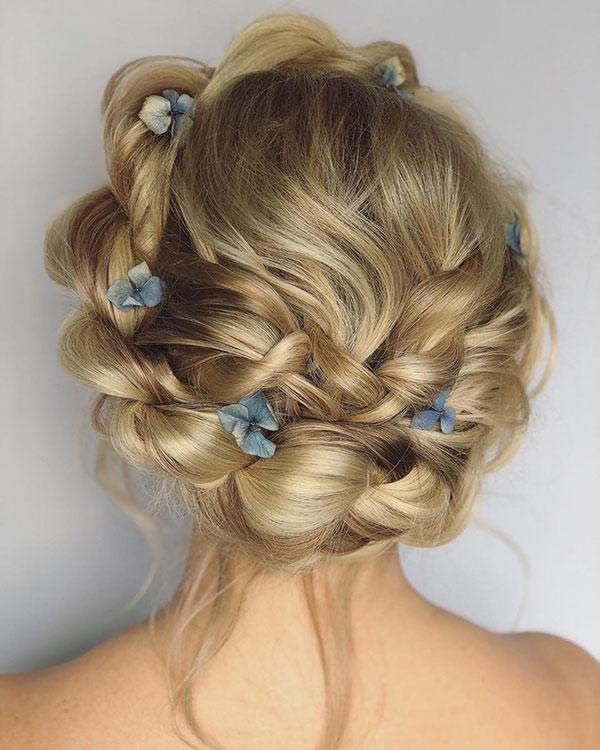 Medium Prom Hairstyles 2020