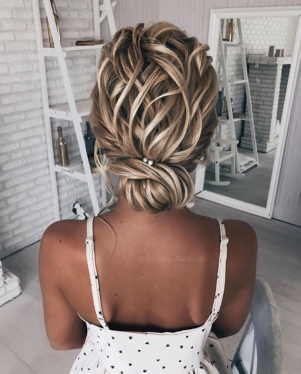 Pictures Of Medium Wedding Hairstyles
