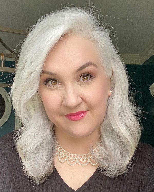 Medium Haircuts For Mature Women