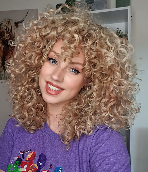 Medium Curly Hair
