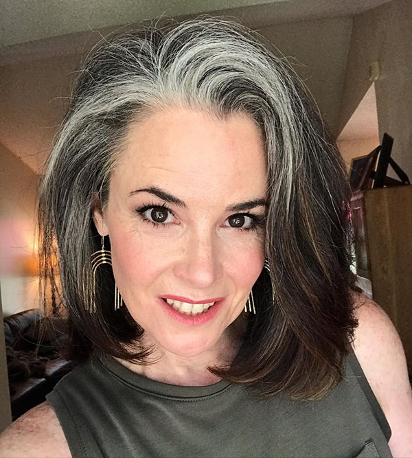 Pictures Of Medium Haircuts For Mature Women