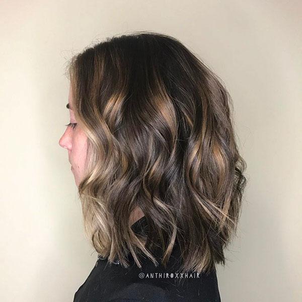Medium Wavy Hairstyles For Women