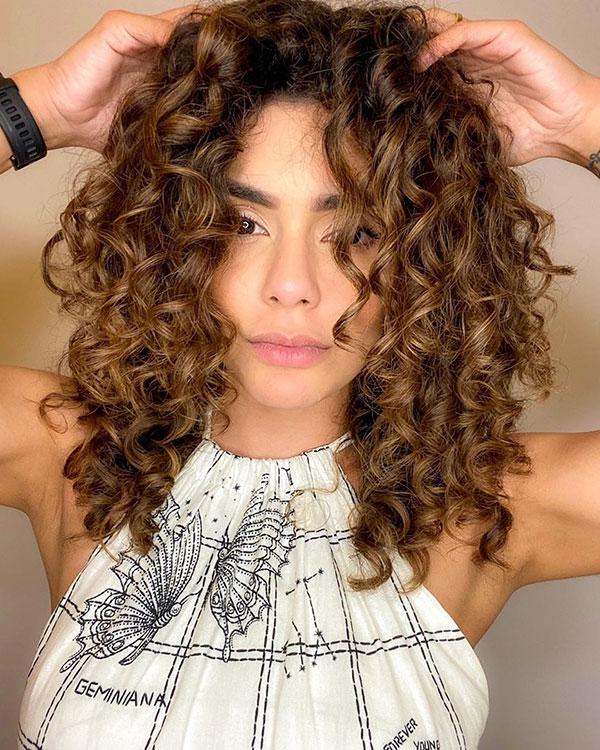 Best Medium Haircuts For Women