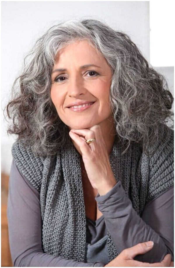 Medium Hairstyles For Over 40 Women