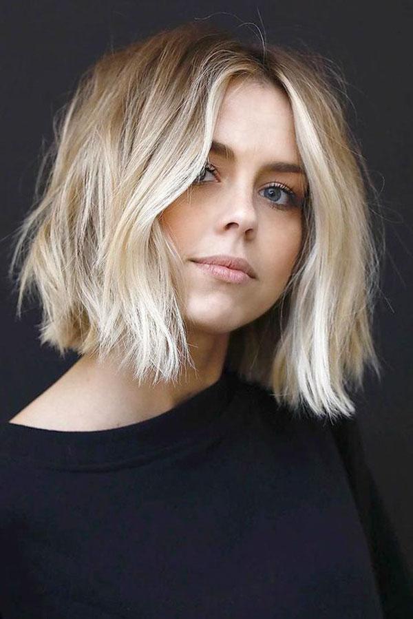 Cute Medium Hairstyles 2021