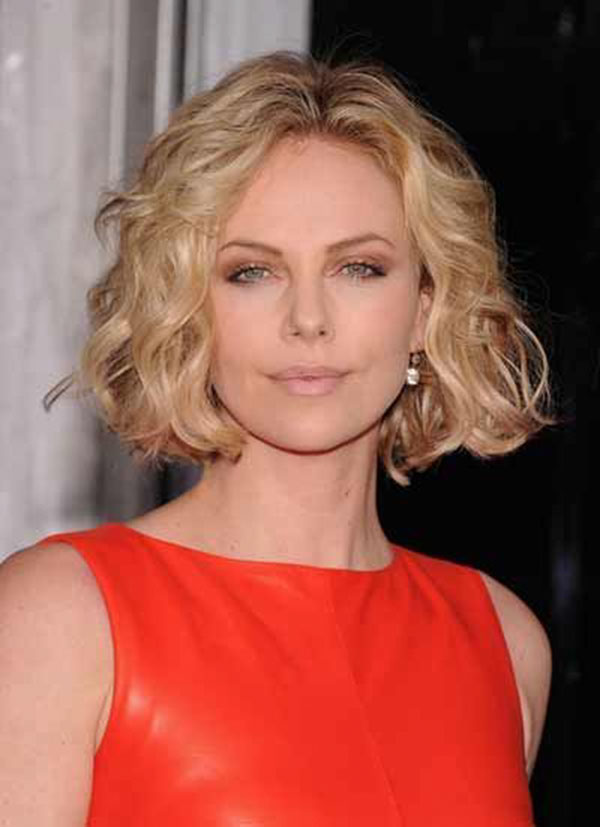 Best Medium Haircuts For Over 40